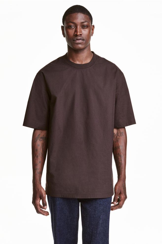 c4fed2928c40 Woven T-shirt - Dark brown - Men | H&M ...