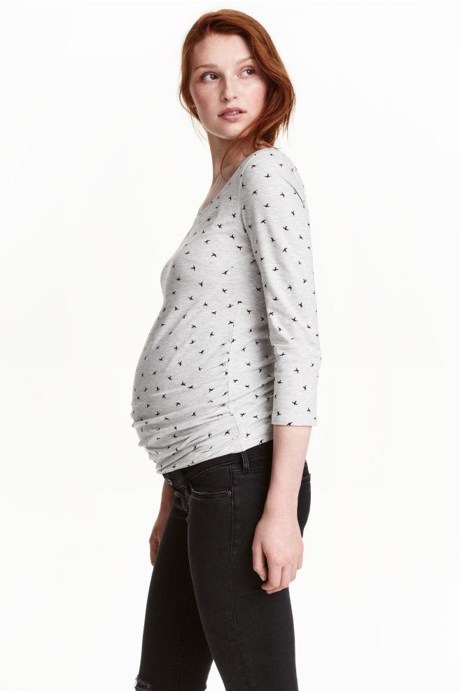 5be0fc5b9e4 MAMA Tricot top - Lichtgrijs/vogels - DAMES | H&M ...