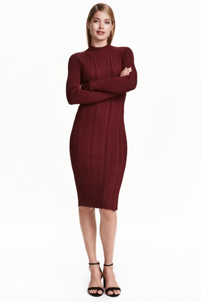 1b2642606a0478 Ribgebreide jurk - Bordeauxrood - DAMES