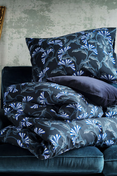 Velvet Cushion Cover - Dark blue - Home All | H&M US