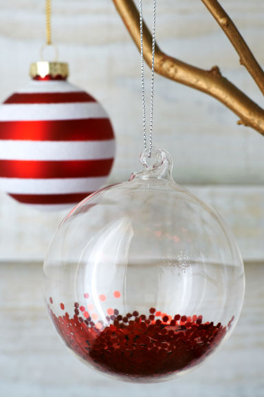 2-pack Christmas tree baubles - Red - Home All | H&M IE