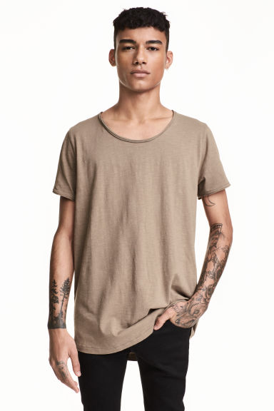 T-shirt avec bords à cru - Taupe -  | H&M BE