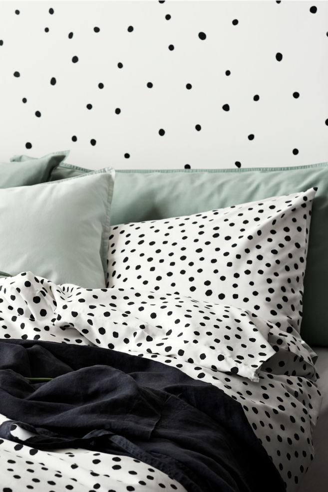 Spotted Duvet Cover Set Whiteblack Home All Hm Gb