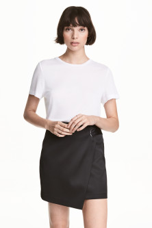 Wrap skirt with metal eyelet