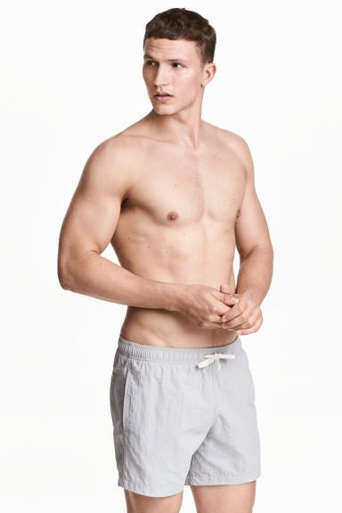 Short swim shorts - Light grey - Men | H&M