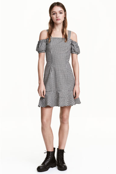 Cold shoulder dress - Black/White/Checked -  | H&M