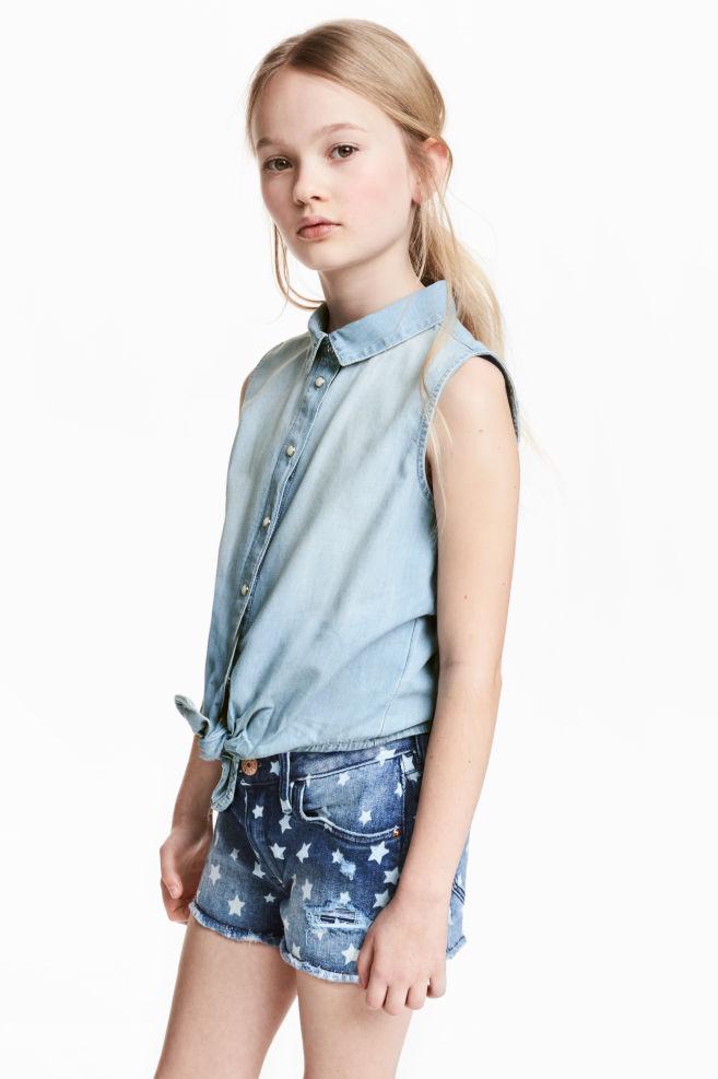 b387e0727b Ujjatlan farmering - Világos denimkék - GYEREK | H&M ...