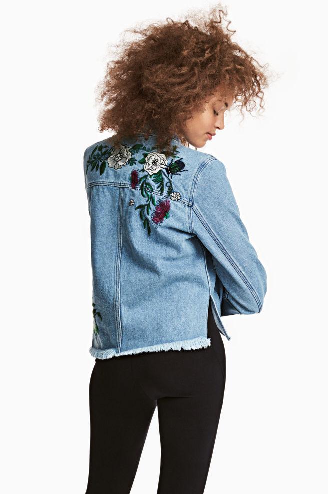 1352d2025e Veste en jean brodée - Bleu denim - FEMME | H&M ...