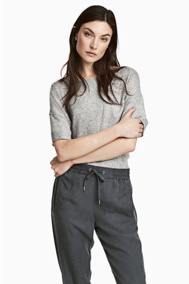Wide T-shirt with chest pocket - Grey marl - Ladies | H&M CN