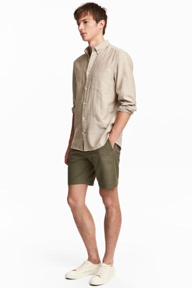 Chino shorts - Khaki green -  | H&M