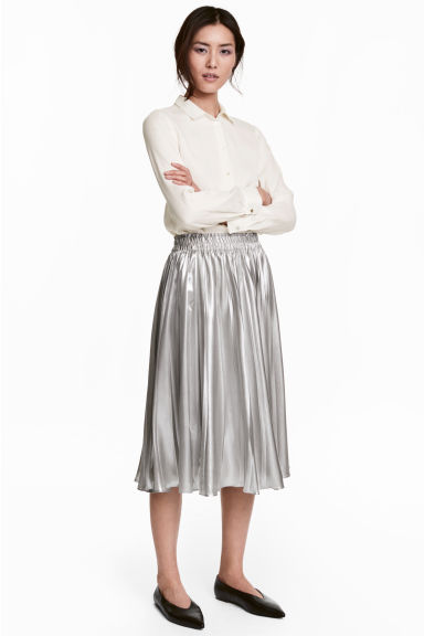Pleated skirt - Silver - Ladies | H&M