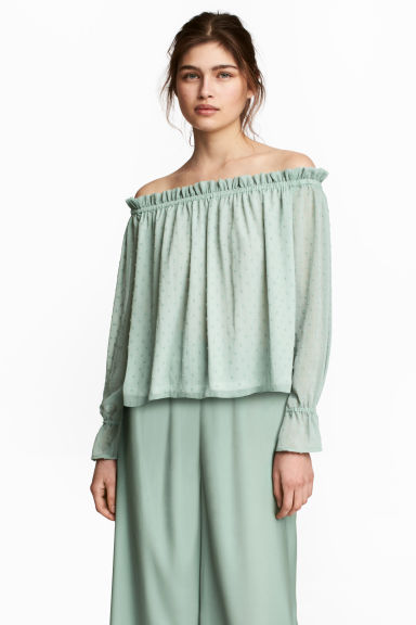 Off-the-shoulder blouse - Dusky green - Ladies | H&M CN