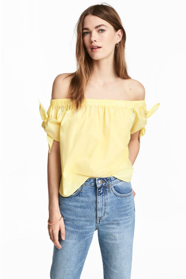 Off-the-shoulder blouse - Light yellow -  | H&M
