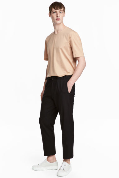 Cropped wool suit trousers - Black - Men | H&M