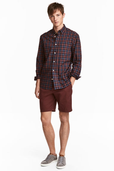 Chino shorts - Burgundy - Men | H&M