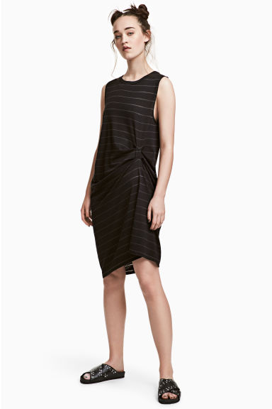 Sleeveless jersey dress - Black/Striped - Ladies | H&M CN