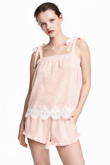 Satin shorts - Powder pink -  | H&M