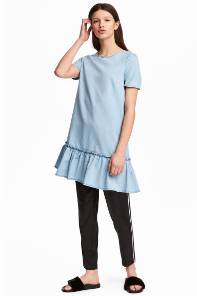 Flounced denim dress - Light denim blue -  | H&M GB