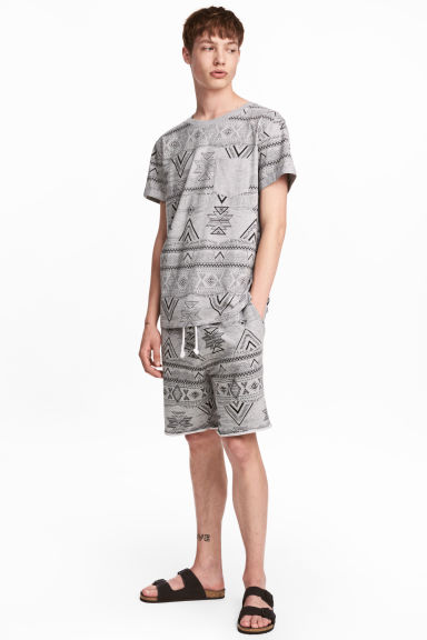 Patterned sweatshirt shorts - Grey/Patterned -  | H&M