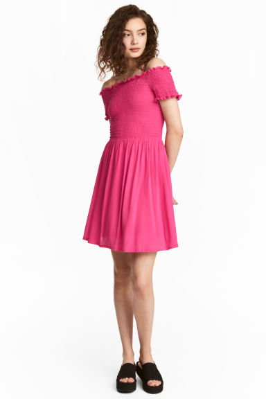 Dress with smocking - Cerise -  | H&M