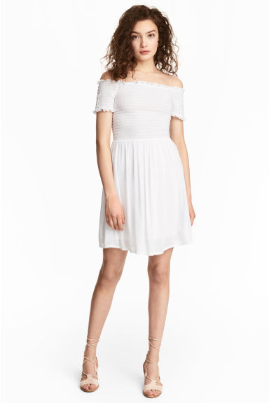 Dress with smocking - White - Ladies | H&M CN
