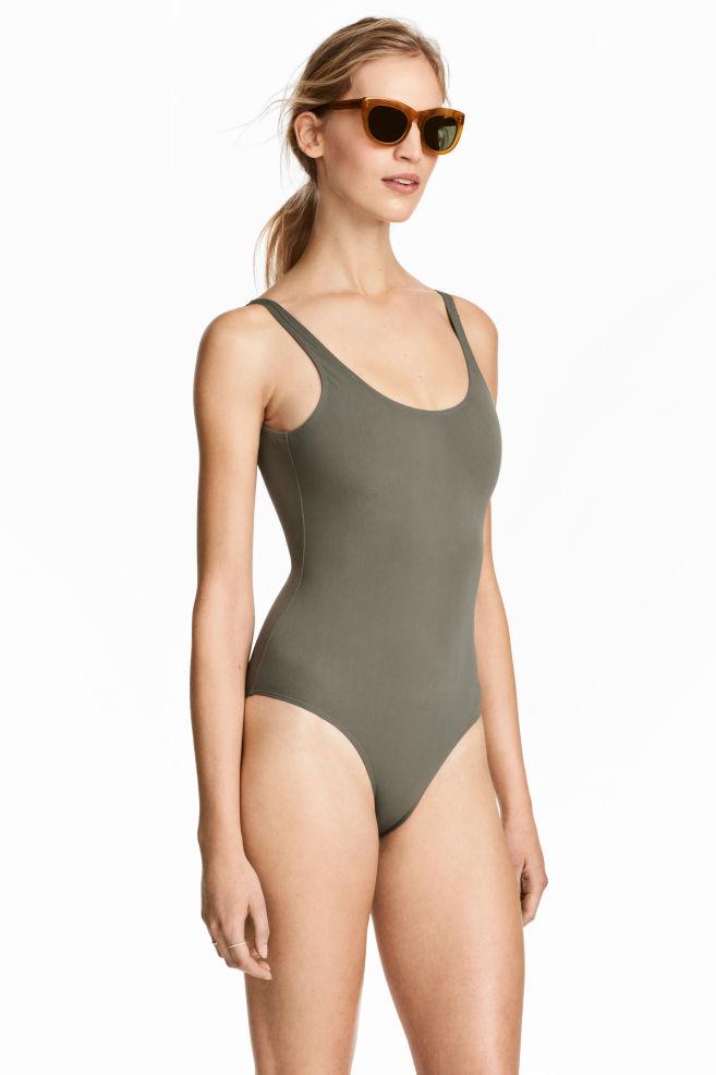 d2b458db99e21 Maillot de bain échancré - Vert kaki - FEMME | H&M ...
