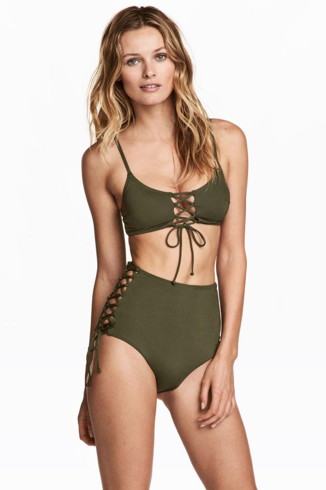 229a8a11fb19 Slip bikini vita alta - Verde kaki - DONNA | H&M ...