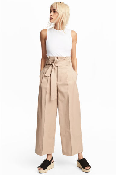 Wide trousers with a belt - Beige -  | H&M GB