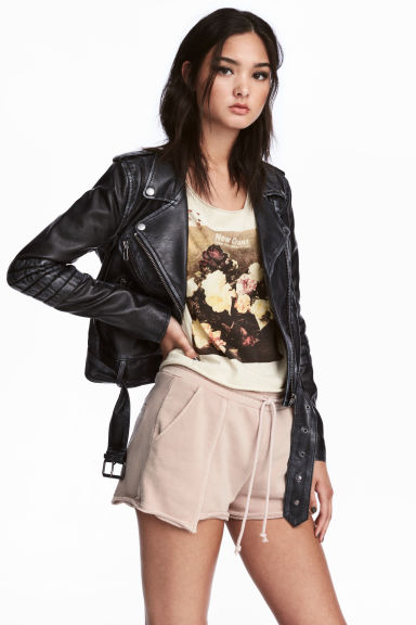 Short sweatshirt shorts - Beige -  | H&M