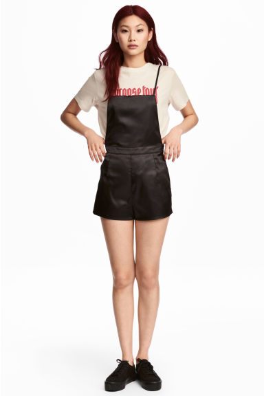 Satin dungaree shorts - Black - Ladies | H&M CN