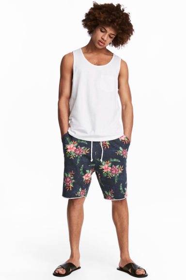 Patterned sweatshirt shorts - Navy/Floral -  | H&M