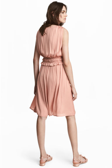V-neck dress - Powder pink - Ladies | H&M CN