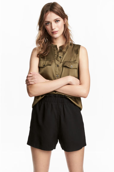 Sleeveless satin top - Khaki green - Ladies | H&M CN