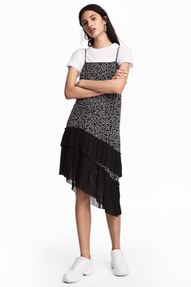 Lycoell-blend dress - Black/Spotted - Ladies | H&M