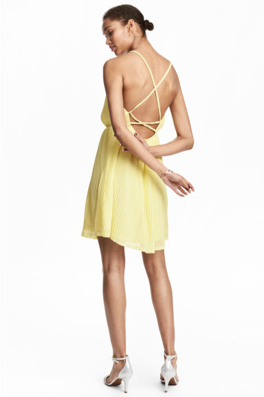 百褶洋裝 - Light yellow -  | H&M