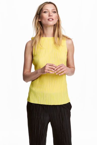 Pleated top - Yellow - Ladies | H&M