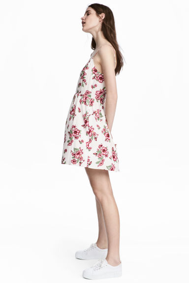 Short dress - White/Floral - Ladies | H&M CN
