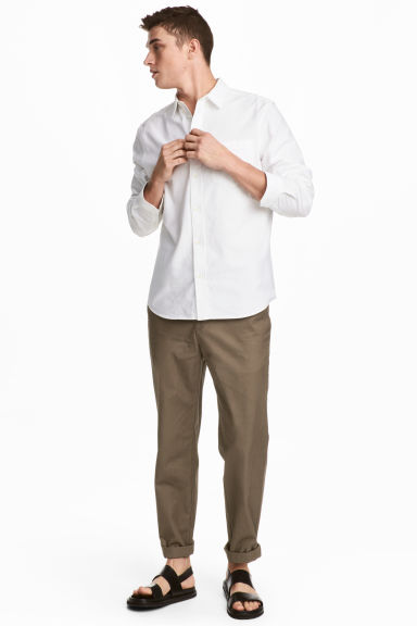 Chinos Relaxed fit - Khaki -  | H&M