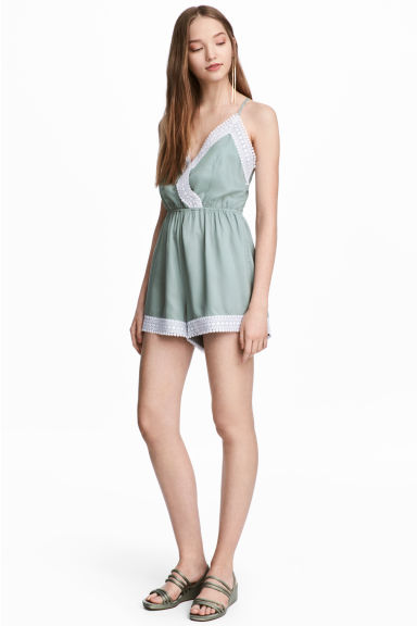 Playsuit with lace - Dusky green -  | H&M CN