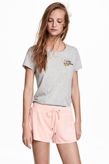 Velour shorts - Powder pink - Ladies | H&M