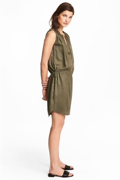 Lyocell dress - Khaki green -  | H&M CN