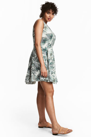 H&M+ Patterned dress - White/Palm leaf - Ladies | H&M