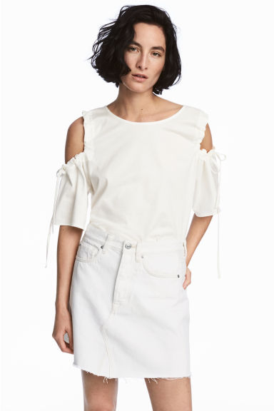 Cold shoulder top - White -  | H&M CN