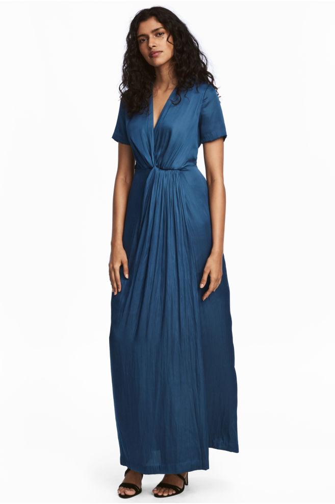 f5bb8c50232 Robe longue en satin - Bleu foncé - FEMME