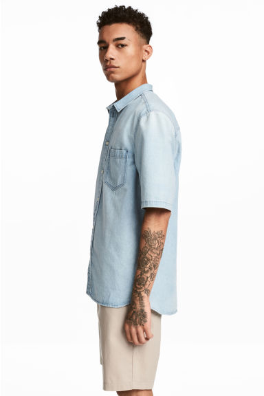 短袖丹寧襯衫 - Light denim blue -  | H&M