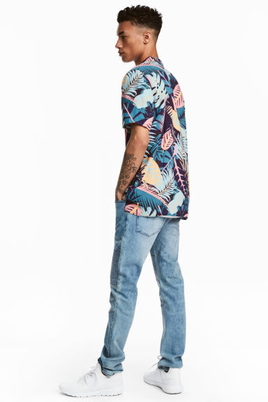 Biker jeans - Light denim blue - Men | H&M CN