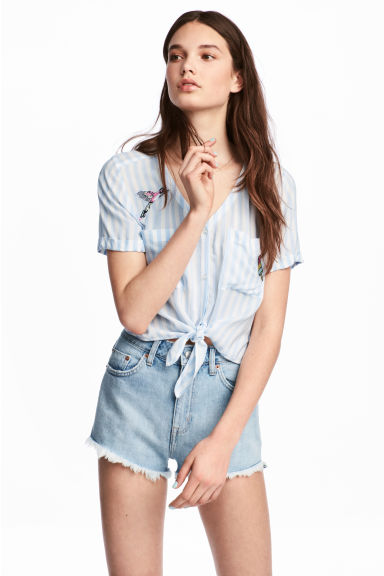 Tie-hem blouse with appliqués - Light blue/Striped -  | H&M