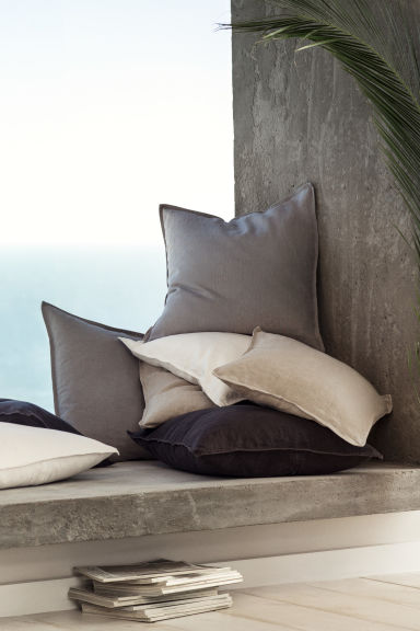 Washed linen cushion cover - Linen beige -  | H&M CN