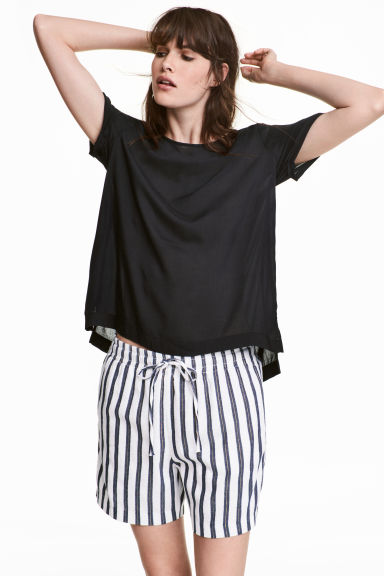 Short-sleeved blouse - Black - Ladies | H&M CN