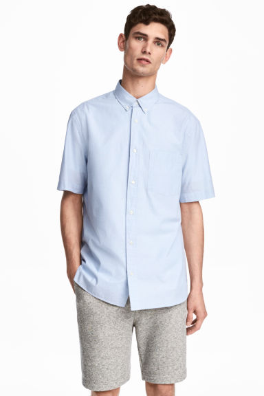 Short-sleeve shirt Regular fit - Light blue - Men | H&M